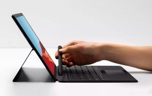Surface Laptop Go слили в сеть